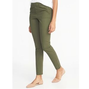 [Old Navy] Mid-Rise Pixie Chinos Olive Green Pants